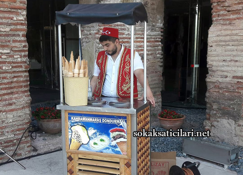 istanbul maraş dondurmacı standı fiyatları