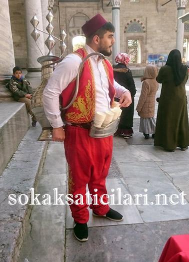osmanlı şerbetini camilerde dağıtıyoruz