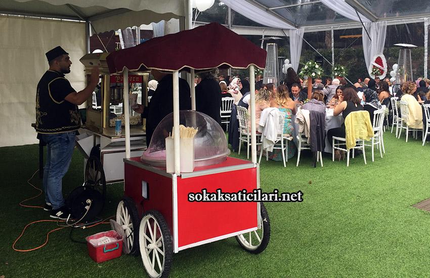 düğün organizasyonu pamuk şekeri dağıtımı