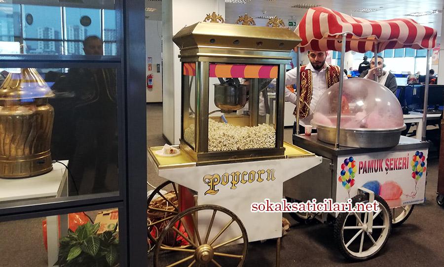 pamuk şeker arabası ile şirket etkinliği